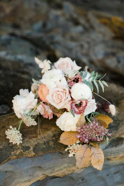 Fall elopement bouquet at the beach