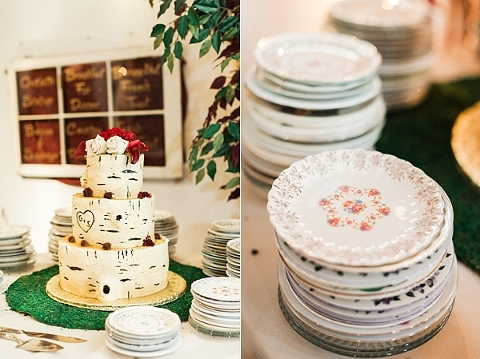 Vintage dessert plates for wedding cake