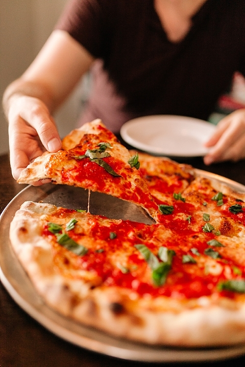 Farina's Pizzeria
