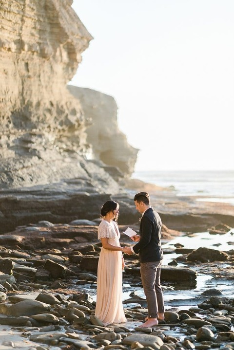 elopement wedding ceremony at sunset cliffs park in San Diego